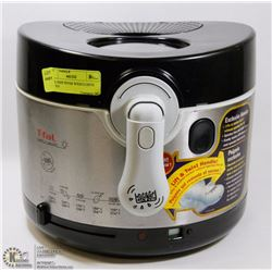 T-FAL DEEP FRYER W/EXCLUSIVE HANDLE