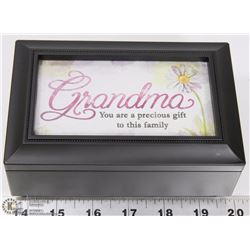 NEW MUSIC BOX WITH GRANDMA QUOTE