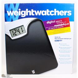 WEIGHTWATCHERS DIGITAL GLASS & CHROME SCALE