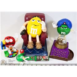 BOX WITH 4 M&Ms COLLECTIBLE CHARACTERS