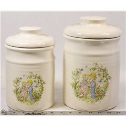 SET OF CERAMIC CANISTERS FEATURED LITTLE