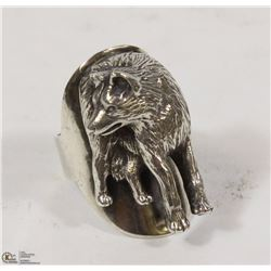 UNIQUE WOLF RING