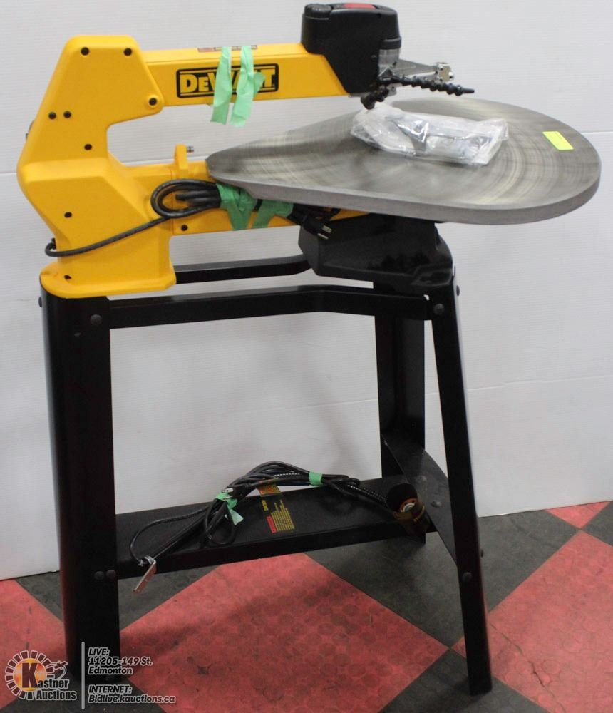 Image 1 DEWALT DW788 20 SCROLL SAW WITH STAND WORKLIGHT