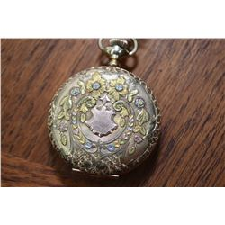 Elgin 1901 Swiss made 15 jewel pocket watch in 14kt yellow gold case with diamond accent Recently se