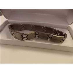 BRACELET - STAINLESS STEEL - STAPLE LINK  - RETAIL ESTIMATE $150