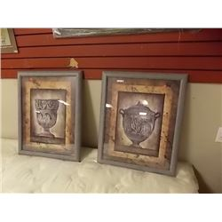 FRAMED ROMAN PRINTS - 2 TTL
