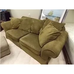 ROLLED ARM UPHOLSTERED COUCH WITH CUSIONS