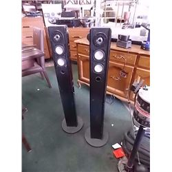 M MONSTER TOWER SPEAKERS - 2 TTL - PS