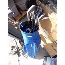 SET OF GOLF CLUBS & CART