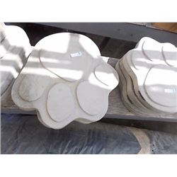 CONCRETE - STEPPING STONE - PAW - LARGE