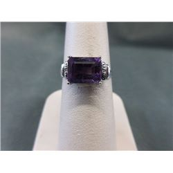 RING - 2.28CT EMERALD FACETED LAVENDAR COLOR AMETHYST & 2 DIAMONDS IN STERLING SILVER SETTING - INCL