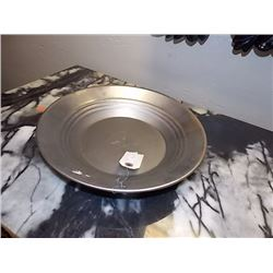 NEW GOLD PAN - ESTWING - METAL -