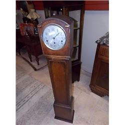 GRANDMOTHER CLOCK - missing one hand