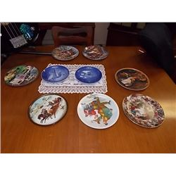 COLLECTOR PLATES - CHRISTMAS THEM - 9 TTL