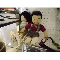 COLLECTOR CLOTH DOLLS - 2 TTL