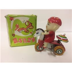 VINTAGE COLLECTIBLE WIND UP TOY IN BOX