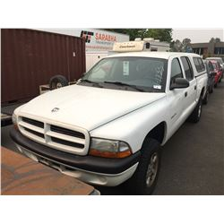 2002 DODGE DAKOTA, PICKUP, WHITE, VIN# 1B7HG38X32S700099, 140,474KMS, GAS, AUTOMATIC,