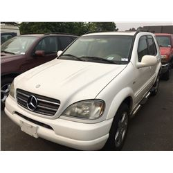 2000 MERCEDES, ML430, SUV, WHITE, VIN#4JGAB72E6YA173216, 212,448KMS, AUTOMATIC, GAS, POWER WINDOWS