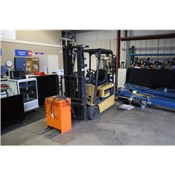 CAT 3000 LB 3 STAGE ELECTRIC FORKLIFT WITH CHARGER