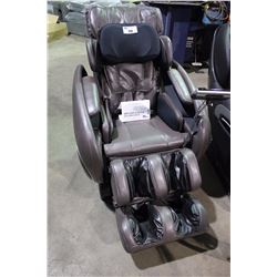 OSAKI OS-4000  FULL BODY ZERO GRAVITY MASSAGE CHAIR