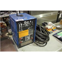 MILLER THUNDERBOLT 225 CONSTANT CURRENT ARC WELDER WITH CABLE