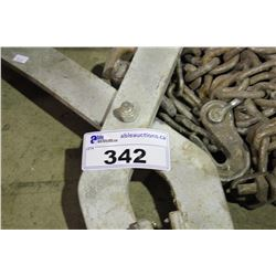 CHAIN, PALLET PULLER & HYDRAULIC OIL