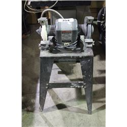 CRAFTSMAN 1/3 HP BENCH GRINDER ON STAND