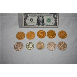 PIRATES OF THE CARIBBEAN LOT OF 10 SCREEN USED TREASURE COINS 04 C-GRADE