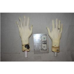POSEABLE ARMATURED MATCHED PAIR OF HANDS FOR DUMMY OR MANNEQUIN DISPLAYS 2