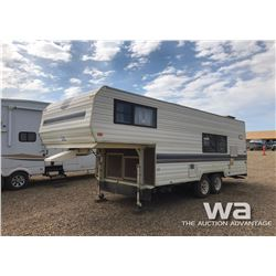 1989 LYNX  5TH WHEEL TRAVEL TRAILER