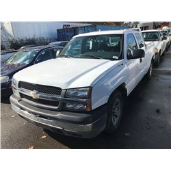 2005 CHEVROLET SILVERADO, WHITE, 2 DOOR PICKUP, GAS, 4.3L, VIN#1GCEC19X052188699, 83,942KMS,