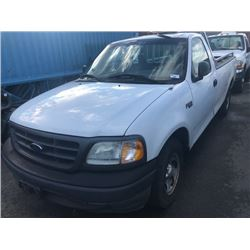 2003 FORD F150 XL, WHITE, 2 DOOR PICKUP, 4.2L, GAS, AUTOMATIC, VIN#2FTRF17283CA86514, 137,044KMS,