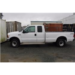 2001 FORD F250 PICK UP, WHITE, GAS, AUTOMATIC, VIN#1FTNX21L21EA20714, 290,699KMS, 1 ICBC REPAIED