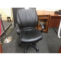 BLACK LEATHER MID BACK LOOP ARM EXECUTIVE CHAIR