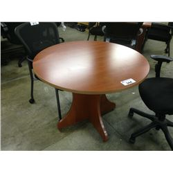 CHERRY 42'' ROUND TABLE