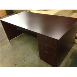 MAHOGANY 6' X 3' DOUBLE PEDESTAL EXECUTIVE DESK