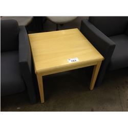 MAPLE 30'' RECEPTION TABLE