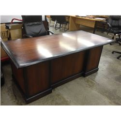 STRATFORD MAHOGANY 6' X 3' TRADITIONAL EXECUTIVE DESK