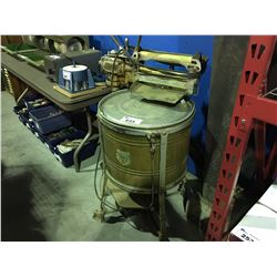 ANTIQUE BEATTY RINGER WASHING MACHINE