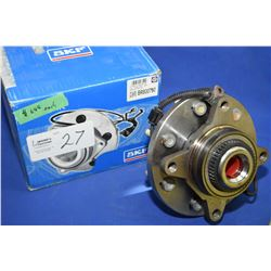 Brand new Napa inventory SKF hub unit #BR-930761 (retails $688.00) fits automotive Ford Lincoln 2009