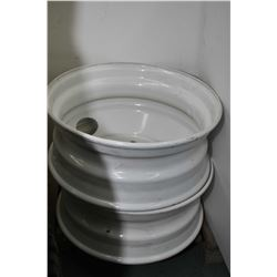 "Pair of brand new, white painted Centrusteel 22.5"" X 8.25"" rims # A00324- AUCTION HOUSE WILL NOT PRO"