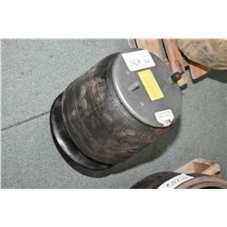 Firestone 9780 truck spring air bag- ITEM CAN BE SHIPPED THROUGH CANADA POST BY THE AUCTION HOUSE. S