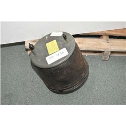 Firestone 9422 truck spring air bag- ITEM CAN BE SHIPPED THROUGH CANADA POST BY THE AUCTION HOUSE. S