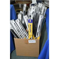 Large selection of Napa brand windsheild wipers and a Napa wiper catalogue- ITEM CAN BE SHIPPED THRO