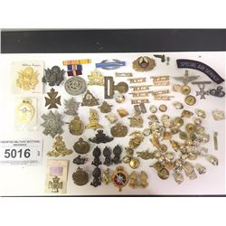 ASSORTED MILITARY BUTTONS, INSIGNIAS