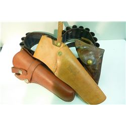 ASSORTED LEATHER HOLSTERS & BELT