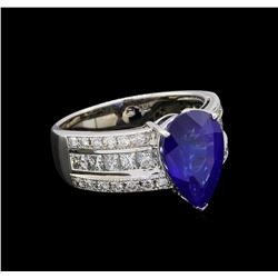 4.57 ctw Sapphire and Diamond Ring - 18KT White Gold