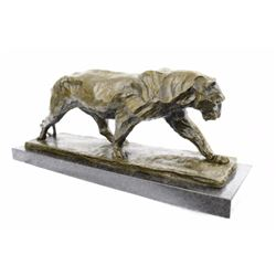 Wildlife Animal African Lione Bronze Statue