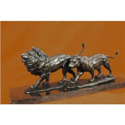 Museum Quality Artwork Lion Couple Bronze Sculpture on Marble Base Statue