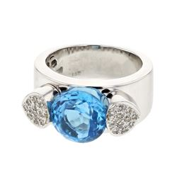 14KT White Gold 4.54ct Blue Topaz and Diamond Ring
